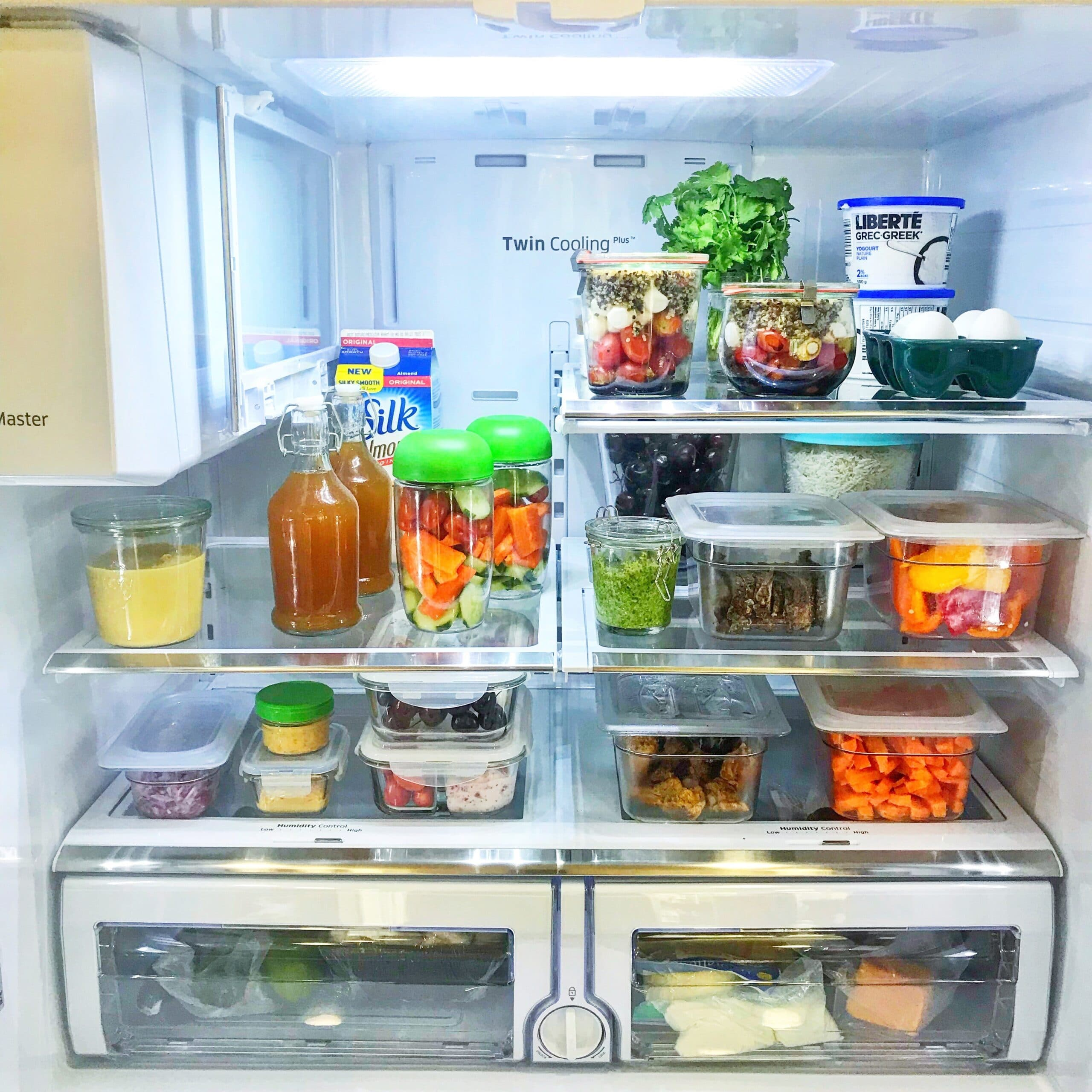 5 easy tips to get you a meal prep fridge.png