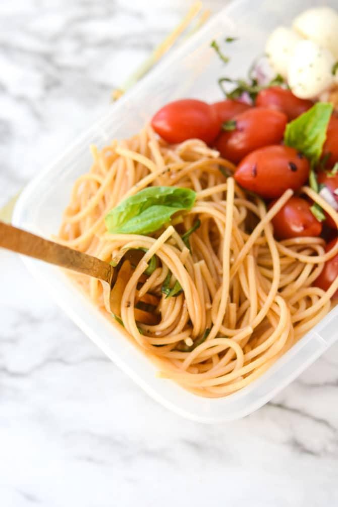 Caprese Cold Noodle Meal Prep -3
