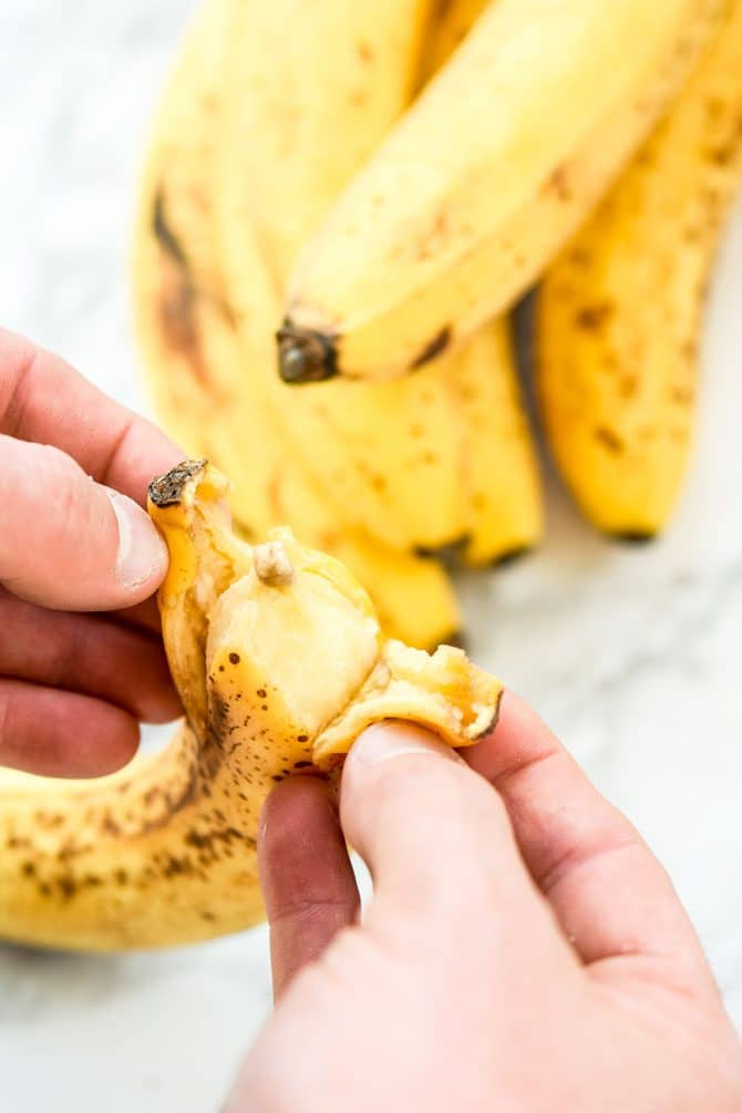 How to Freeze Bananas peeling