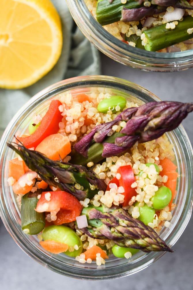 quinoa asparagus lunch salad shown in mason jars
