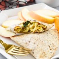Veggie Loaded Breakfast Pockets {Freezer Friendly}