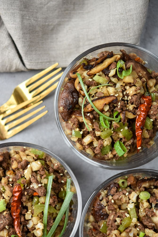 Kung Pao Beef & Cauliflower Rice Bowls {Meal Prep Lunch}