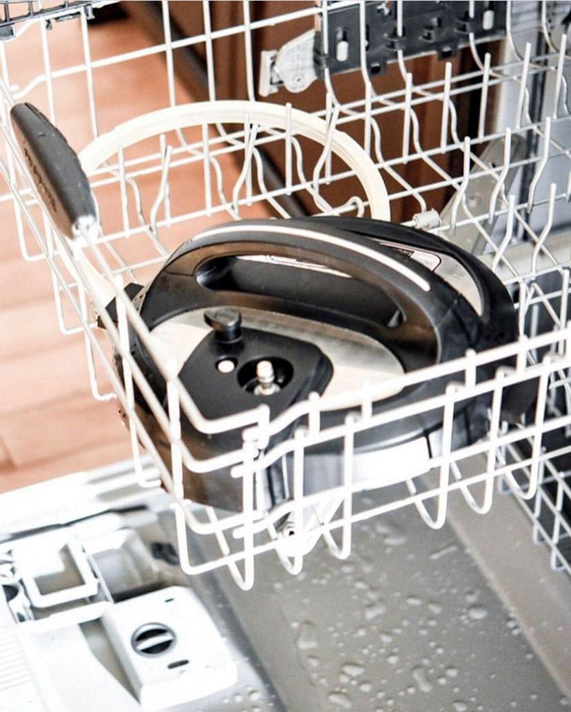 Instant Pot lid in dishwasher