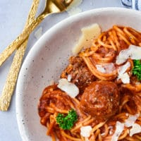 spaghetti-and-meatballs-styled-with-utensils