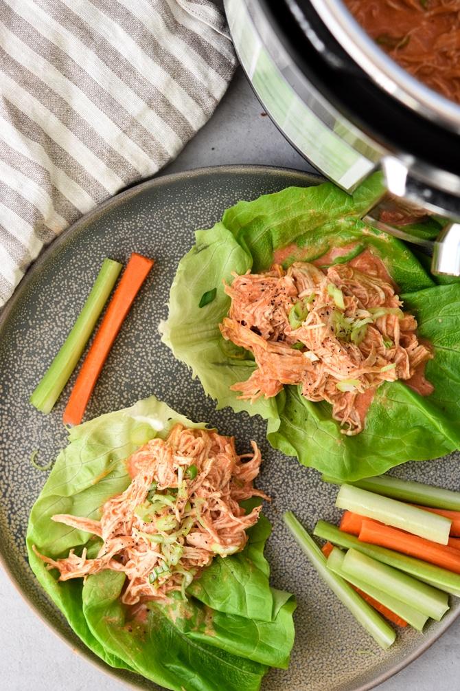 Buffalo chicken lettuce sliders