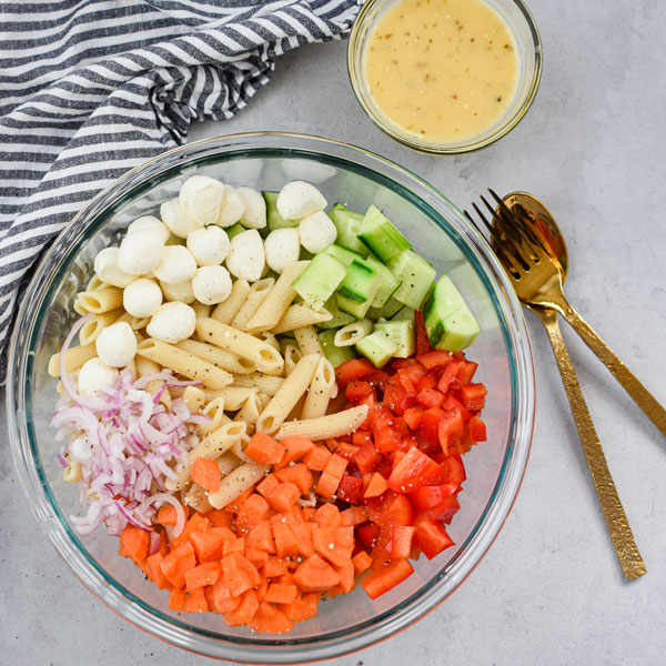 pasta-salad-ingredients-not-mixed